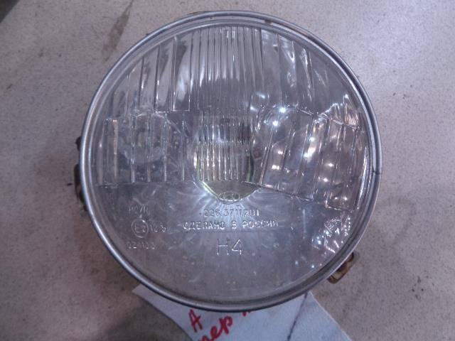 Фара левая VAZ 2106 1976-2006 Номер OEM 2263711201 VAZ 2106 [2263711201]
