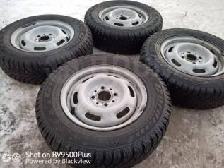 Отличный комплект зимних колёс на дисках R13 Cordiant Sno-Max на Ваз