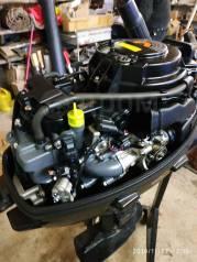 Лодочный мотор с лодкой