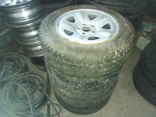 Продам комплект колёс на 15 на Волгу или НИВУ.