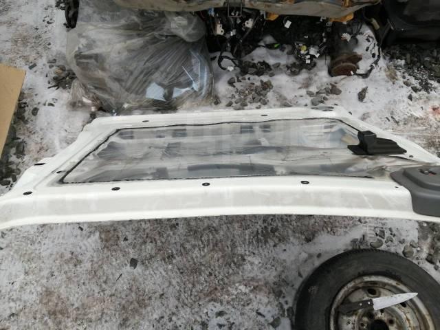 Дверь задняя правая Nissan NV350 Caravan VW6E26
