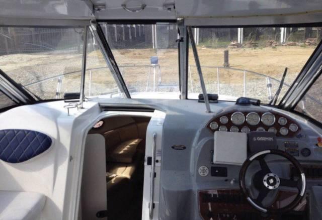 Bayliner. 2005 год, длина 11,00м., двигатель стационарный, 500,00л.с., дизель
