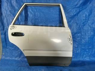 Дверь задняя правая Corolla AE100 / Sprinter AE100 вагон