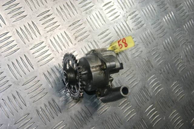 Насос масляный Suzuki RF900