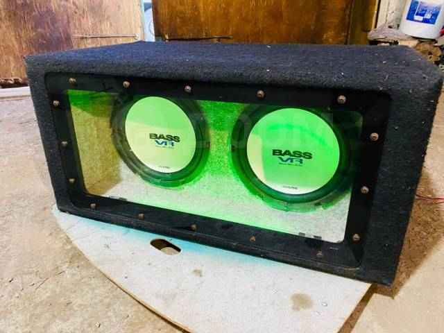Сабвуфер Alpine Bass VR 1000W Япония