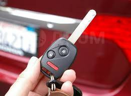 Автомобильные чип-ключи   Программирование при утере   Ремонт Замков