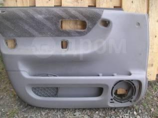 Обшивка двери Хонда ЦРВ RD1