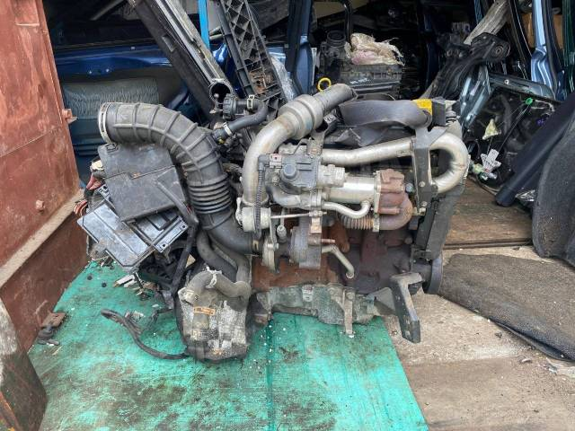 Двигатель в сборе. Renault Megane Renault Scenic K9K724