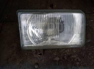Фара на Mazda Titan