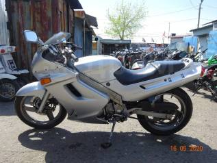 Kawasaki ZZR 250 оформляем в кредит, 1999