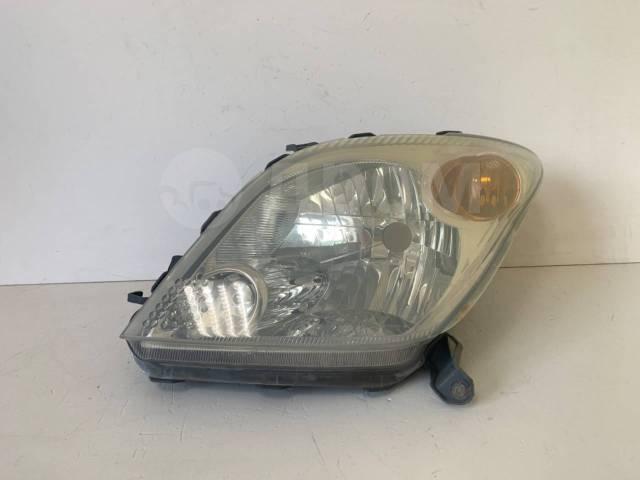 Фара левая Toyota Ist ( 2002 - 2005 ) оригинал 8115052270