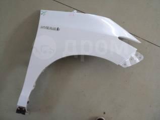 Крыло переднее правое Toyota Estima