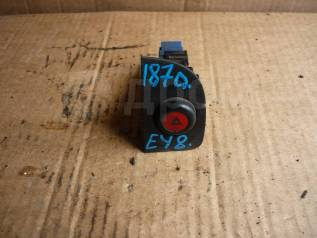 Кнопка включения аварийной сигнализации