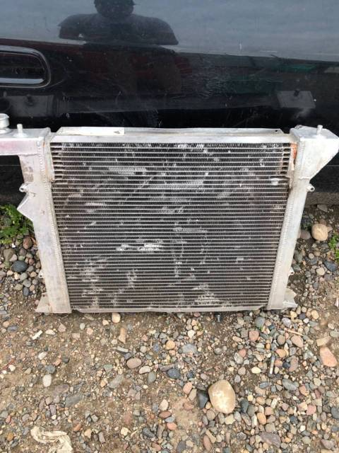 Радиатор алюминиевый на jzx90 под ремонт!