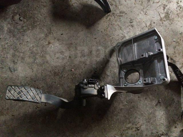 Педаль газа Ауди А8