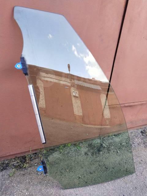 Стекло передней левой двери Toyota Mark X GRX130