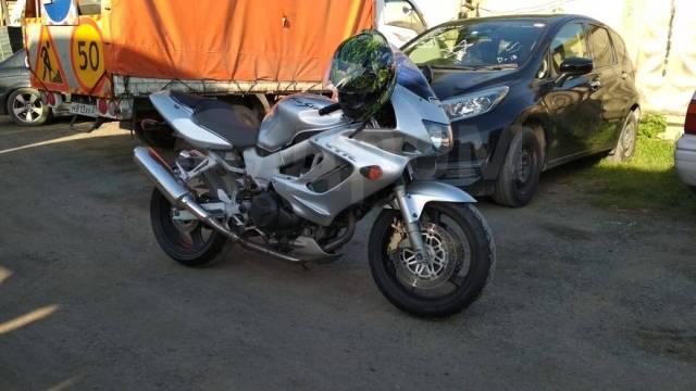 Honda VTR 1000. 1 000куб. см., исправен, птс, без пробега