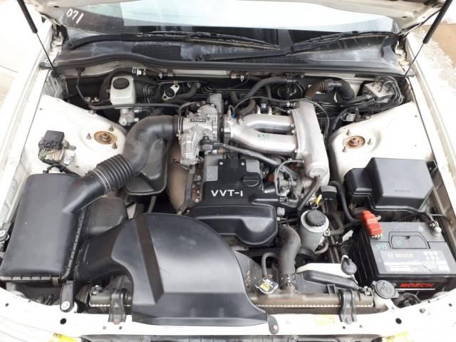 Дверь передняя правая 047 Toyota Chaser JZX100 GX100 #55 67001-22360