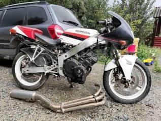 Honda CBR 250 R Мотоцикл 1987 года доки в порядке, на учёте не стоит , не заводится, нет искры, по д, 1987