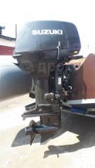 Продам лодочный мотор Сузуки дт 40 в отличном техническом состоянии