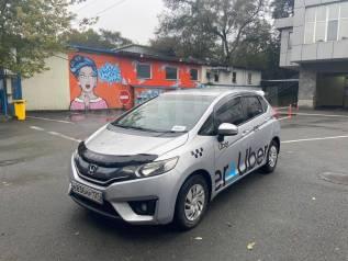 Авто Honda Fit в прокат. Яндекс Такси