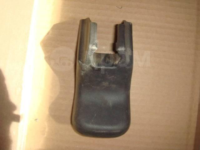 Накладка салазки сиденья Toyota RAV4 2007 года 7212342010. Toyota RAV4, ACA30, ACA31, ACA31W, ACA33, ACA35, ACA36W, ACA38, ALA30, ASA33, ASA38, GSA33...