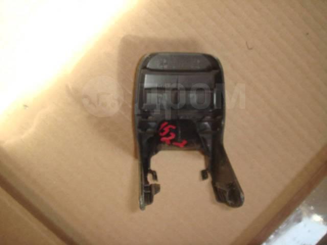 Накладка салазки сиденья Toyota RAV4 2007 года 7995642010. Toyota RAV4, ACA30, ACA31, ACA31W, ACA33, ACA35, ACA36W, ACA38, ALA30, ASA33, ASA38, GSA33...