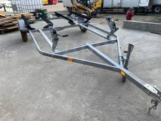 Прицеп для перевозки двух гидроциклов Karavan Trailers WC-2200-84