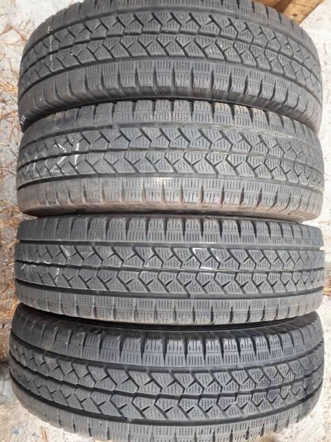 Bridgestone. зимние, без шипов, 2017 год, б/у, износ 5%