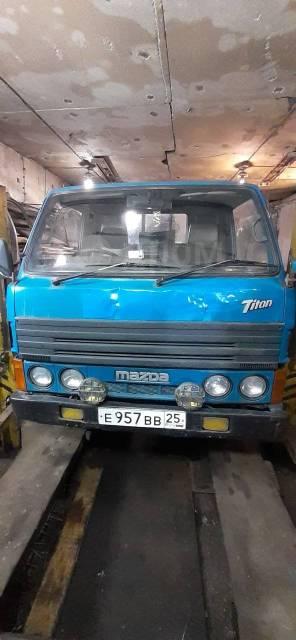 Mazda Titan. Продам грузовик 1988, 2 522куб. см., 1 500кг., 4x2