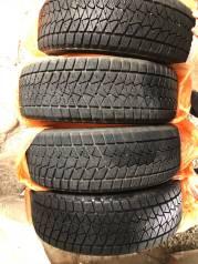 Продам резину Bridgestone Blizzak 2017 года. 225/60/18. Износ 15%