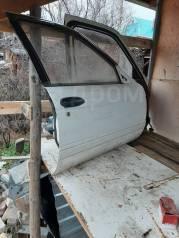 Дверь Nissan Sanny b13