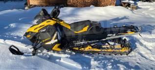 BRP Ski-Doo Summit X, 2012