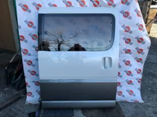 Дверь задняя правая Toyota Granvia VCH16 5VZ-FE