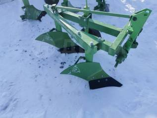 Плуг двухкорпусный (Kerland, зеленый) мощность 17-25 л. с. на трактор