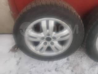 Продам комплект колёс на зимней резине Yokohama, R16 215/60,5*114.3