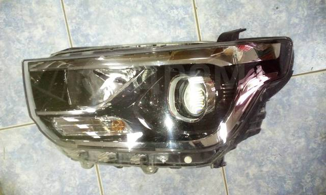 Фара. Hyundai H1 Hyundai Starex, TQ D4CB, L4KB