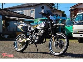 SUZUKI DR250R