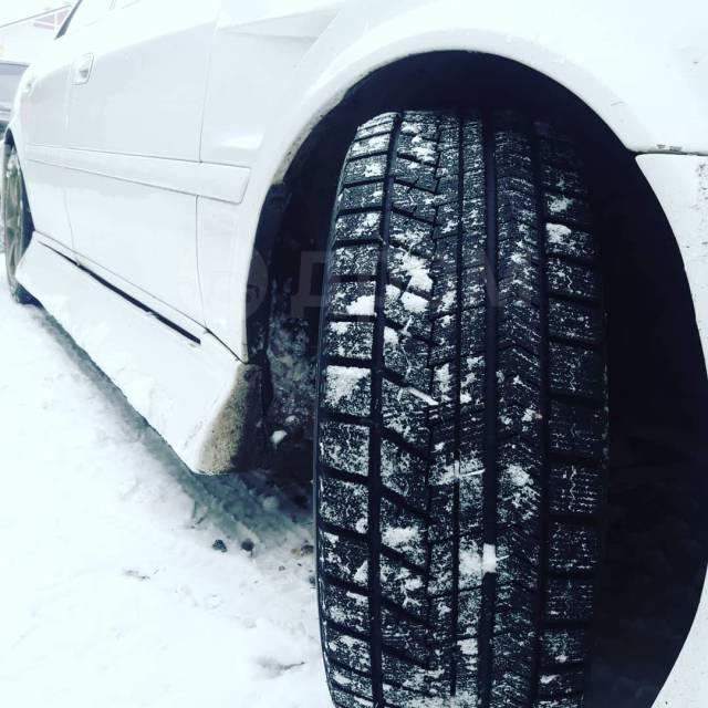 Bridgestone Blizzak VRX, 235/40/18