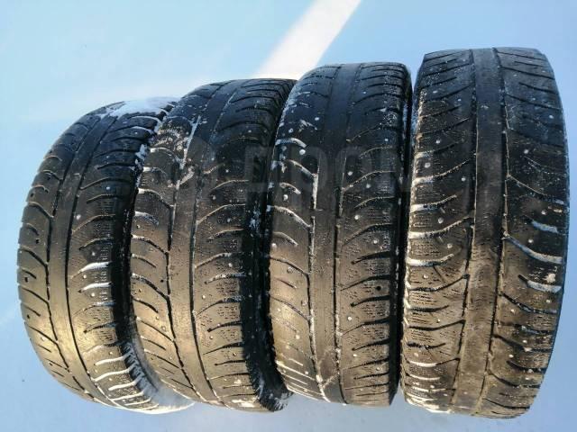 Bridgestone Ice Cruiser 7000. всесезонные, 2014 год, б/у, износ 80%