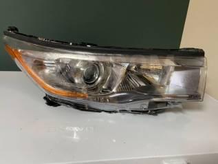 Фара Toyota Highlander 2013-2016 811100E220 3, передняя правая