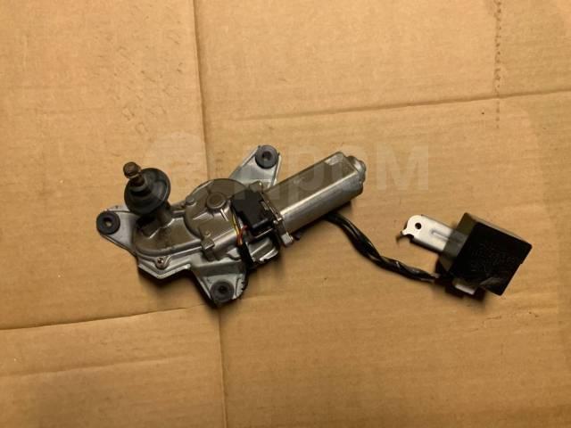 Мотор заднего дворника Toyota Ipsum / Gaia 8513044020