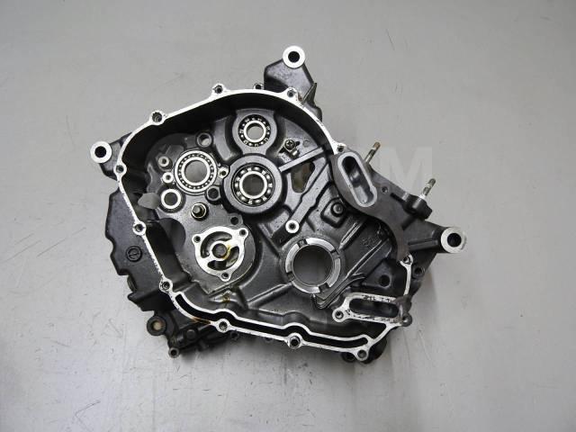 Правая часть картера Suzuki SV650 (P503)