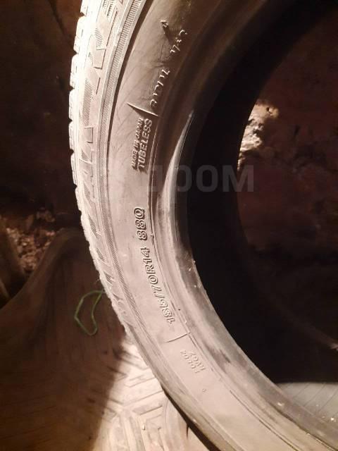 Bridgestone Blizzak Revo GZ. зимние, б/у, износ 20%