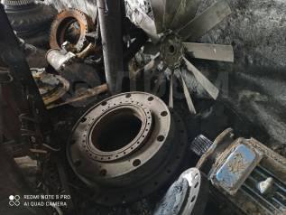 Спецтехника. продам двигатель турбовый 240цена 170тысяч. редуктора. элект