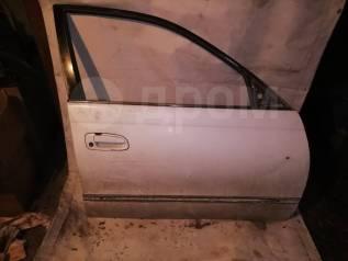 Дверь передняя правая Toyota Corona ST190
