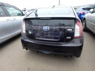 Бампер задний Toyota Prius G's ZVW30