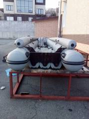 Мотоная лодка с мотором