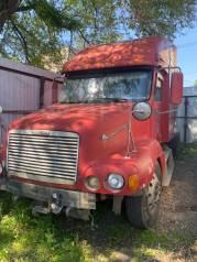 Продам седельный тягач Freightliner на запчасти