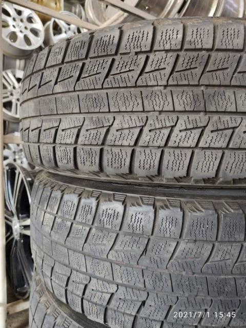 Bridgestone ST30. зимние, без шипов, б/у, износ 40%